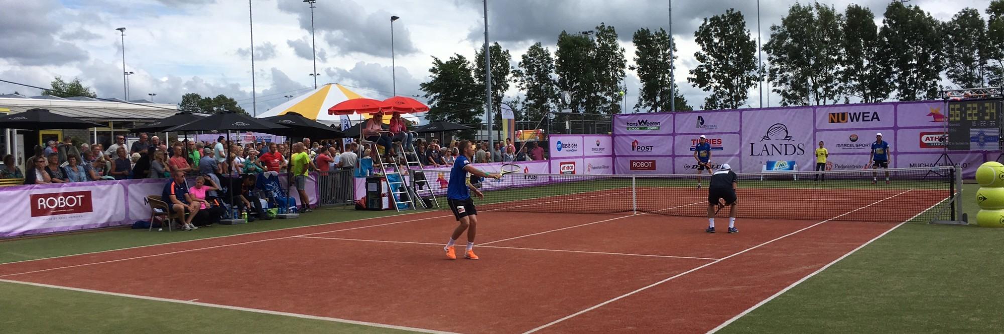 Read more about the article 62 uur Tennissen voor Stichting Terre