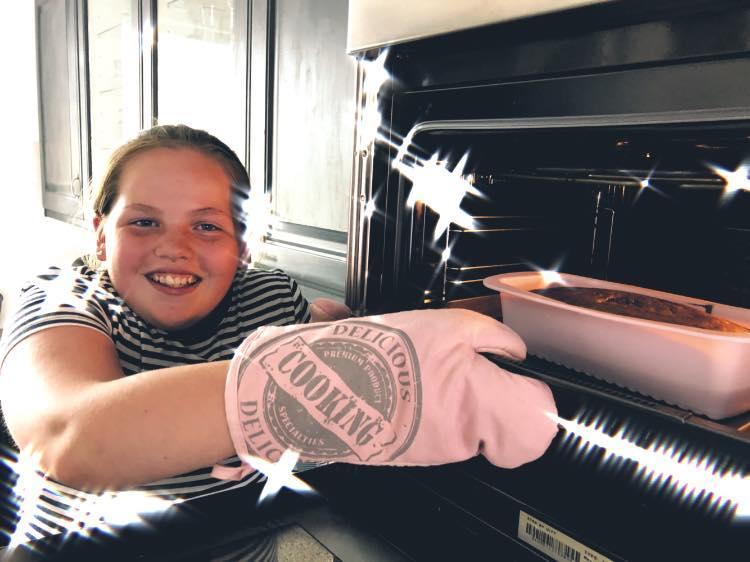 'Esmee bakt voor het goede doel'